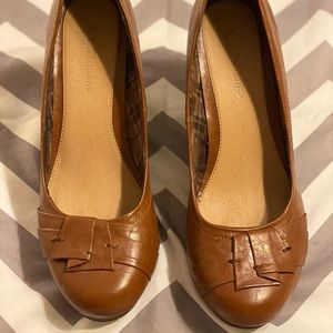 CL by Laundry Wedge Heels 11M